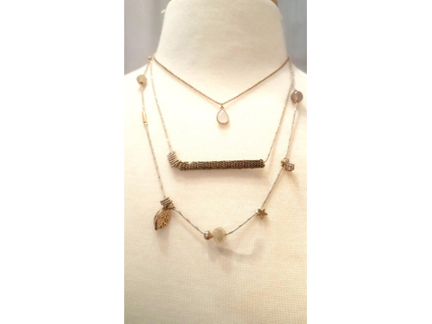 Material: Crystal/Antique Brass Chains with 3 layers