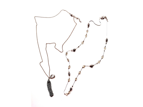 Material : Crystals Drops/ Oxide White Brass Chains/ Two Layers Necklace/ Oxide Brass Chains/Antique Gold Brass Chains