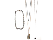 Material: Layering Light Gold/Gun Metal/Silver Brass Chains/Crystals Pendant/ White Beads Brass Chains