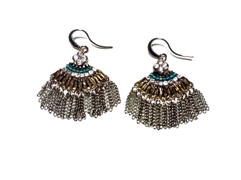 Material: Oxide Brass Chains Tassel/Crystal Beads/Antique Brass Base Metal/Gold Plated Sterling Silver Hook