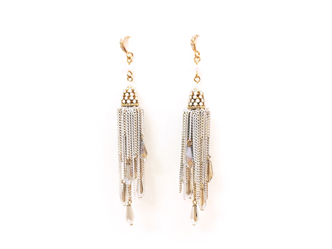 Material: White Oxide Brass Tassel Chains/ Opal White Crystal Beads/ Smoke Crystal Drop/ Pearl Beads/ 