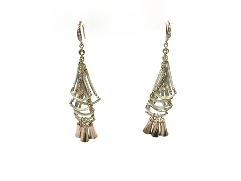 Material: Oxide White Brass, Antique Gold & Crystal Beads