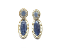Material: Lapis Lazuli/Crystal Opal Beads