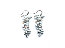 Material: Vermeil/Brass/Pearl/Crystal Beads